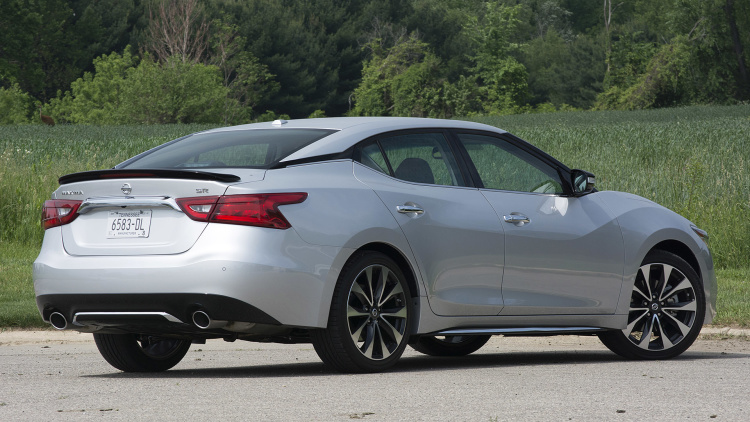 Nissan Has Called The Fullsize Maxima Sedan A Four Door Sports Car Since 1988 With Debut Of Third Generation Model What Little Truth Existed In