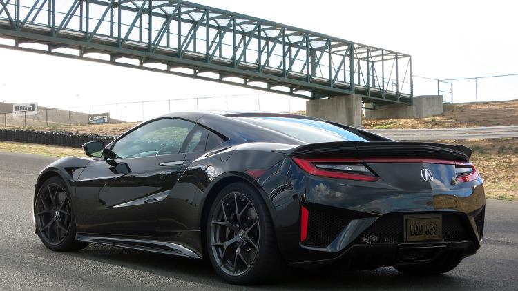 The 2017 Acura NSX will cost $156K: Pics